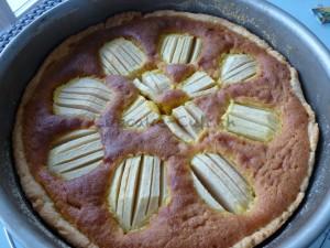 Apfelkuchen mit Marzipanguss_ganz