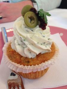 Couscous cupcake mit Feta Frischkäse Topping