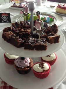 Cupcakes und Caramel Brownies