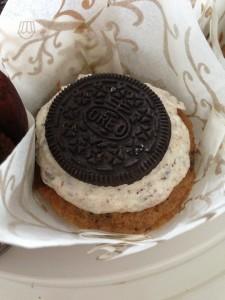 Oreo Cookie Cupcake Tulip weiss